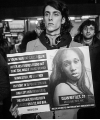 brain dead: A YOUNG MAN  CAT CALLED ISLAN  AFTER HIS FRIENDS FOUNDOUT  THAT SHE WAS A  TRANS WOMAN  HER  HUMILIATED, BEAT  HE  IN FRONT OF POLICE STATION  A  ANDLEFT HER BRAIN DEAD.  ISLAN NETTLES, 21  THEASSAULTER HAS BEEN  KILLED 2013, NYC  AUG., LEASED ON A$2,000BAIL.  #BLACKLIVESMATTERHWHYNECANTWAIT #BREAKINGSILENCE  GGENYC.ORG