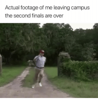 Finals, Peace, and Leaving: Actual footage of me leaving campus  the second finals are over Peace out ✌️😂
