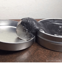Dank, 🤖, and Magnet: airpark&Stormi I could watch this magnetic putty react to a strong magnet all day 🙌🙌