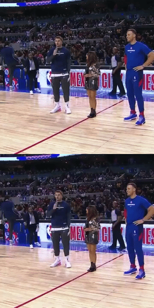 😂 Blake Griffin addressing the crowd in Mexico City after Luka!  https://t.co/HYbFqy1989: AL LA  IK K  MENCI   IKK  MENCI  ES 😂 Blake Griffin addressing the crowd in Mexico City after Luka!  https://t.co/HYbFqy1989