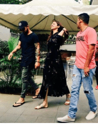 Latest click of Virat Kohli with his girlfriend Anushka Sharma: AL Latest click of Virat Kohli with his girlfriend Anushka Sharma