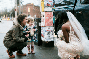 Beautiful, Cute, and Target: ALK  NTINE'S  LEMOLO accras: awwww-cute: Little girl thinks bride is the Princess from her favourite book (Source: http://ift.tt/2s0fF7z) Beautiful story!