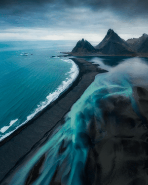 Amazing Glacial rivers meets the Great Black Sand Beaches, Iceland!: Amazing Glacial rivers meets the Great Black Sand Beaches, Iceland!