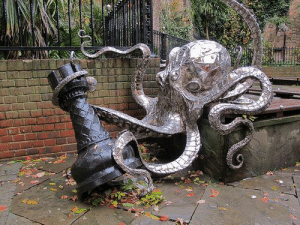 "amemait:  fuckeverythingbecomeapirate:  ""Any ideas for the new park sculpture?"" ""How about a giant, metallic octopus attacking a rook?"" ""Perfect.""  Octopus takes Rook : amemait:  fuckeverythingbecomeapirate:  ""Any ideas for the new park sculpture?"" ""How about a giant, metallic octopus attacking a rook?"" ""Perfect.""  Octopus takes Rook"