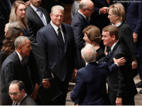 Al Gore, Memes, and Obama: AP Photo/Pablo Martinez Monsivais Former president Barack Obama, left, and former Vice President Al Gore, talked with former first lady Laura Bush, third from right, at a memorial services for Sen. John McCain.