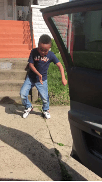 Dancing, Funny, and Happy: AR i369 It's something about little kids dancing that makes me so happy lmaoo  https://t.co/aduFT9T8aT
