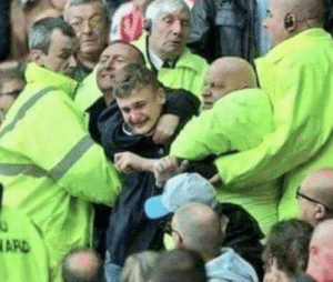 Shocking scenes at the Etihad right now as stewards are forcing Watford fans to stay and watch the game... https://t.co/i1KXKqe2Sk: ARD Shocking scenes at the Etihad right now as stewards are forcing Watford fans to stay and watch the game... https://t.co/i1KXKqe2Sk