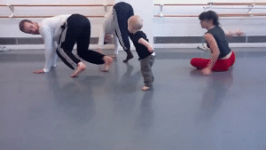 Cute, Fucking, and Tumblr: aregrettablehullabaloo:  celestial-naiad:  mattheuphonium:  toostoked:  art  This is my fucking favorite thing I've ever seenI'm sobbing   I thought the baby was copying them, but its actually the other way around and now I'm cackling. This is stupid cute.   This video clip has watered my crops and cleansed my angry soul!