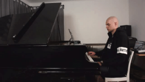 mouth-of-leviathan:  casssie21:  setheverman:   just got a grand piano and you know what that means  Ayyyy lmaoooo  @death-delirium : (ART mouth-of-leviathan:  casssie21:  setheverman:   just got a grand piano and you know what that means  Ayyyy lmaoooo  @death-delirium