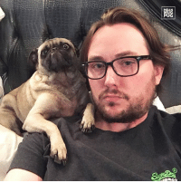 "Memes, 🤖, and Eve: at  證 ""New Years Eve snuggle time with Dad"" -Ozzy #newyearseve http://ift.tt/2ipG2h7"