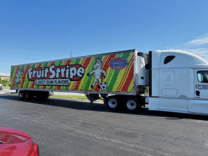 Probably about 6 minutes of flavor on this truck: ATHERS  CAND COMPAN  5 JUICY GUM FLAVORS  LTI TRUCK  USDOT 14207  APU EQUIPPED Probably about 6 minutes of flavor on this truck
