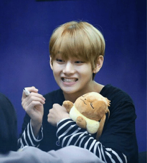 aww my two babies// baby eevey and my sweet baby tae tae//: aww my two babies// baby eevey and my sweet baby tae tae//