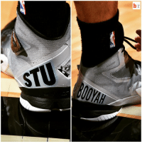 Shoes, Sports, and Spurs: b| @spurs' Danny Green honors the late Stuart Scott with these shoes vs. the @chicagobulls