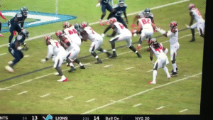 The Tampa Bay Bucs, summarized in one running play https://t.co/8Vm7p5XLTr: B2  NTS  13  14  LIONS  Ball On  NYG 30  2-3-1 The Tampa Bay Bucs, summarized in one running play https://t.co/8Vm7p5XLTr