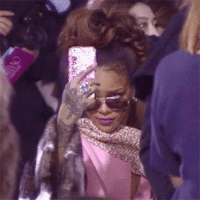 me being carefree while taking pics of myself out in public https://t.co/uirdFH8xAF: BASE me being carefree while taking pics of myself out in public https://t.co/uirdFH8xAF