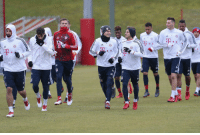 Bayern Munich training staffs have been organizing a 10 vs 12 practice match every day in training since last Friday. https://t.co/778bkvBYHz: Bayern Munich training staffs have been organizing a 10 vs 12 practice match every day in training since last Friday. https://t.co/778bkvBYHz