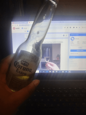 Cheers to r/drunk merry Christmas: Becaus  Rap Radar: Drake YouTube  reddit.com/r/drunk/  Get Co  ik  r/drunk  6 reddit  VIEW  COMMUNITY OETALS  Crea  r/drunk  Aug 9,  407  279k  t, now finishing a bottle of prosecco.  eCake  Online  Members  Welcome to ridrunk  JOINED  CREATE POST  COMMUNITY OPTIONS  MODERATORS  Jorona  Extra  WEW ALL Cheers to r/drunk merry Christmas