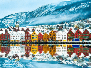 Love, Norway, and Town: Bergen, Norway. I love this town so much!