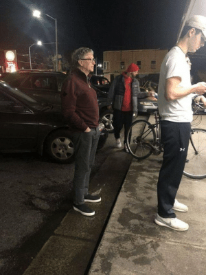 Bill Gates waiting in line for a burger like a normal citizen: Bill Gates waiting in line for a burger like a normal citizen