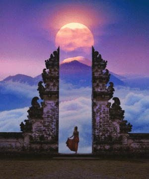 Blood Moon from Gates to Heaven in Bali, Indonesia. Taken on July 27, 2018 by Robert Jahns.: Blood Moon from Gates to Heaven in Bali, Indonesia. Taken on July 27, 2018 by Robert Jahns.