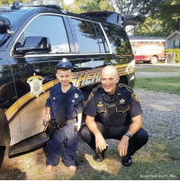 Birthday, Memes, and Party: Bossier Parish Shenft s Office A 6-year-old Louisiana boy had his birthday wish granted when a police officer paid him a special visit during his birthday party.