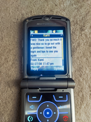 "Bought an old Razr V3m ""for parts"" and restored it for nostalgia. There was one text message still on the phone once I got it working. Hope they saw each other again 😁: Bought an old Razr V3m ""for parts"" and restored it for nostalgia. There was one text message still on the phone once I got it working. Hope they saw each other again 😁"
