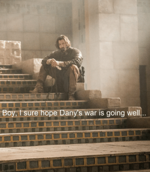 Meanwhile in Meereen 😂 #GameOfThrones https://t.co/Ty6Ho6nguX: Boy,t sure hope Dany's war is going well Meanwhile in Meereen 😂 #GameOfThrones https://t.co/Ty6Ho6nguX