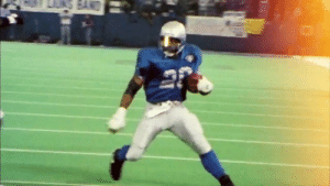 Breaking ankles left and right 😷  @BarrySanders was a BAD man!   #NFL100   (via @NFLThrowback) https://t.co/JCG24XVVhI: Breaking ankles left and right 😷  @BarrySanders was a BAD man!   #NFL100   (via @NFLThrowback) https://t.co/JCG24XVVhI