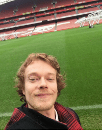 BREAKING: Theon Greyjoy joins Arsenal from Iron Islands FC for a club record £105m https://t.co/18E85RbcRx: BREAKING: Theon Greyjoy joins Arsenal from Iron Islands FC for a club record £105m https://t.co/18E85RbcRx