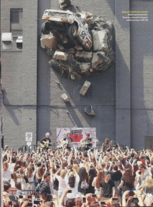 ashtonirwinyesplease:  lukesarmpit:  THIS LOOKS SO FREAKING RAD HOLY SHIT  i wasn't expecting this to be a 5sos post: BREAKTHROUGH BAND  55oS entertaineda  Toronto crowd in August  while on tour with 1D  SECONDS  or SUMMER ashtonirwinyesplease:  lukesarmpit:  THIS LOOKS SO FREAKING RAD HOLY SHIT  i wasn't expecting this to be a 5sos post