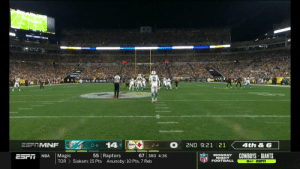 🚨 PRETTY PUNT ALERT 🚨  📺: #MIAvsPIT on ESPN 📱: NFL app // Yahoo Sports app Watch free on mobile: https://t.co/6BUh9hgbzX https://t.co/eiHK0DCl2p: BUDLIGHT DECK  FALL OF H NOR  14  ESFTMNF  4th&6  2ND 9:21 21  0-6  2-4  67 3RD 4:36  55 Raptors  COWBOYS GIANTS  Magic  MONDAY  NIGHT  FOOTBALL  NBA  ESr  TOR  Siakam: 15 Pts  Anunoby: 10 Pts, 7 Reb  8ET ESFIT 🚨 PRETTY PUNT ALERT 🚨  📺: #MIAvsPIT on ESPN 📱: NFL app // Yahoo Sports app Watch free on mobile: https://t.co/6BUh9hgbzX https://t.co/eiHK0DCl2p