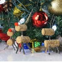 Memes, Crafty, and The Holiday: by These cork reindeer are such a fun craft for the holidays!  #crafty