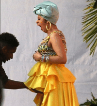 Cardi B's wardrobe crew is working overtime until she announces what we already know ... that she's hiding a baby bump under increasingly baggy clothing. 📷 Backgrid cardib tmz pregnant: Cardi B's wardrobe crew is working overtime until she announces what we already know ... that she's hiding a baby bump under increasingly baggy clothing. 📷 Backgrid cardib tmz pregnant