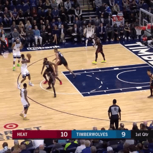 This is a center doing this move😳  🎥 @NBATV  https://t.co/B4AXgn05wy: CEb ank  10  9  НЕАT  TIMBERWOLVES  1st Qtr This is a center doing this move😳  🎥 @NBATV  https://t.co/B4AXgn05wy