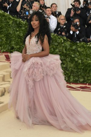 Bodies , Fashion, and New York: celebsofcolor:  SZA attends the Heavenly Bodies: Fashion  The Catholic Imagination Costume Institute Gala at The Metropolitan Museum of Art on May 7, 2018 in New York City.