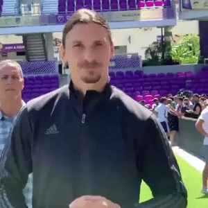 "Zlatan to Schweinsteiger: ""My friend you are looking sharp for being 50-years-old!"" 😂😂😂  https://t.co/JkSsiZJi35: CH&SAL Zlatan to Schweinsteiger: ""My friend you are looking sharp for being 50-years-old!"" 😂😂😂  https://t.co/JkSsiZJi35"