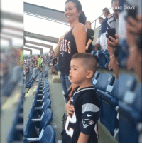 Police, National Anthem, and Sang: CHAEL SPENCE This 3-year-old sang along as Boston Police Officer Kim Tavares performed the national anthem at last night's. Excellent pareting. His Father is a US Marine.