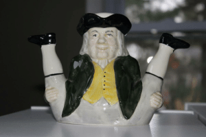 Craigslist, Pop, and Pussy: cherryseltzer:  ehlersdanlos:  shiftythrifting: Not really thrifted I guess, but I came across this rather suggestive ceramic cream container on Craigslist.  Pop that pussy paul Revere!!!  my pussy pops reverely?