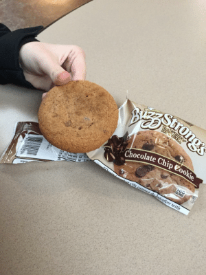 Cookies, Meme, and Tumblr: Chocolate Chip e  le  1e  ua daily-meme:Expectations VS Reality - Chocolate Chip Cookies
