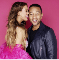 Chrissy Teigen Responds to the Meme that John Legend Looks Like 'Arthur' LOL: Chrissy Teigen Responds to the Meme that John Legend Looks Like 'Arthur' LOL
