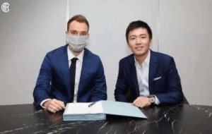 Christian Eriksen finally signs for Inter https://t.co/uF9ibQ7pFS: Christian Eriksen finally signs for Inter https://t.co/uF9ibQ7pFS