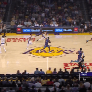 Defense leading to offense out in LA🔥 https://t.co/iIFnTDYIbB: CLA Health  STA PCE  Cen t  fमी  HORNETS  1ST Defense leading to offense out in LA🔥 https://t.co/iIFnTDYIbB