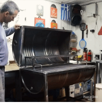 This man built a BBQ grill entirely out of a barrel 😱: CLASSIC  Rust Is G This man built a BBQ grill entirely out of a barrel 😱