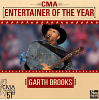 """JUST IN: The CMA Award for Entertainer of the Year goes to Garth Brooks. CMAawards: CMA  ENTERTAINER OF THE YEAR  8Role Cole  GARTH BROOKS  CMA  AWARDS  ST  5l""""  FOX  NEWS JUST IN: The CMA Award for Entertainer of the Year goes to Garth Brooks. CMAawards"""