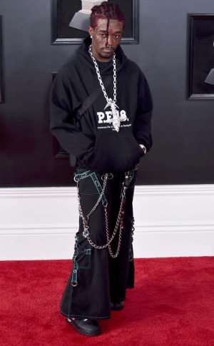 Hoe, Stan, and Tumblr: computer-hoe:  omgthatdress:  Lil Uzi Vert is bringing back the early 2000s Hot Topic look and I am HERE FOR THIS.  I Stan!