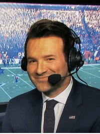 Congrats to Tony Romo on making it to his first conference championship! https://t.co/PnV0Wvs0Tu: Congrats to Tony Romo on making it to his first conference championship! https://t.co/PnV0Wvs0Tu