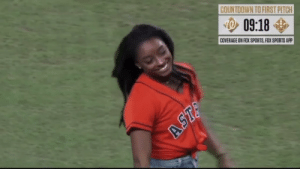 RT @PatDStat: Okay @Simone_Biles. #Astros https://t.co/YpwI3qj8TY: COUNTDOWN TO FIRST PITCH  09:18  COVERAGE ON FOX SPORTS, FOX SPORTS APPP  ASTA RT @PatDStat: Okay @Simone_Biles. #Astros https://t.co/YpwI3qj8TY