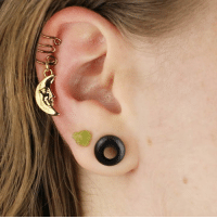 Create your own ear cuffs with this simple how to!: Create your own ear cuffs with this simple how to!