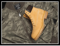 Memes, Timberland, and 🤖: CSG  M/M Stay fitted with #CSG and #Timberland.