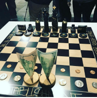 Memes, 🤖, and Art: D  ,44 Amazingly creative art piece. Hip hop symbolism on a chess board!
